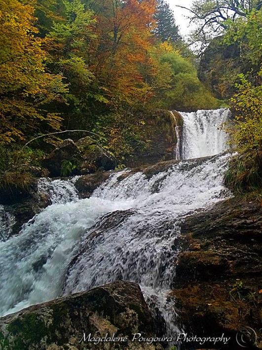 Enipeas Waterfalls - Καταρράκτης στον Ενιπέα